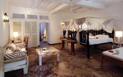 Suite | Sandies Tropical Village****