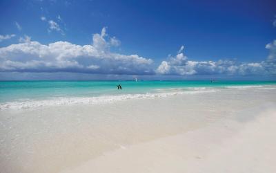 Pláž | Diamonds Mapenzi Beach Club