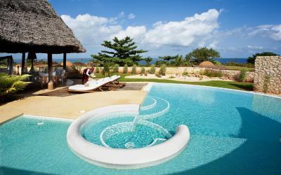 Privátní bazén patřící ke každé vile | Diamonds Star of the East