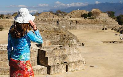 Tourist in Mexico AdobeStock_134589909