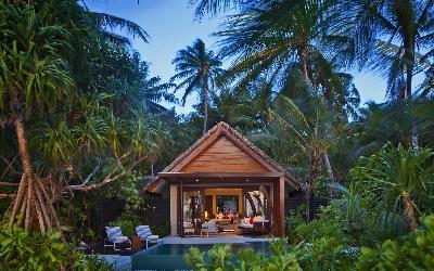 Beach Studio with Pool exterior