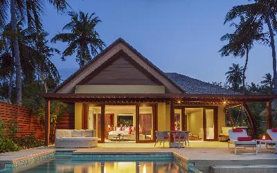 One Bedroom Beach Pool Suite Exterior