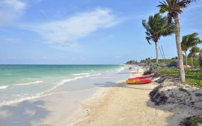 Playa Las Coloradas