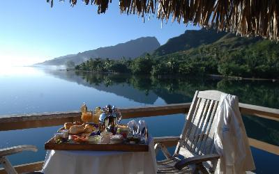 Canoe_breakfast_tray