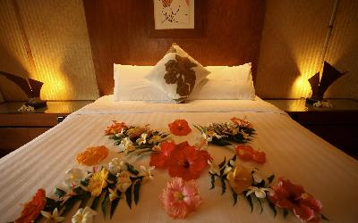 Flowered_Bed2