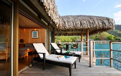 MOZ Intercontinental Overwater Bungalow Terrace.gallery_image.1