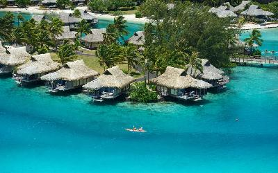 MOZ Intercontinental Overwater Bungalow_2.gallery_image.1