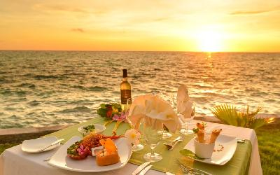 RGI Kia ora Romantic Dinner.gallery-image.1