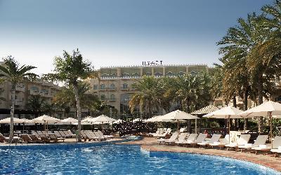 Grand Hyatt - venkovní bazén