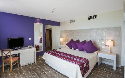 select_ bedroom suite