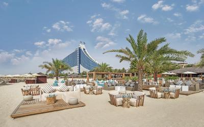 Jumeirah Beach Hotel - Beach Lounge