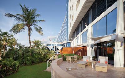 Jumeirah Beach Hotel - Family Garden Suite - Terrace