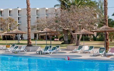Leonardo Inn Dead Sea - venkovní bazén