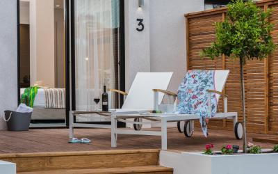 Oasis Dead Sea -Garden Rooms and Suites - terasa