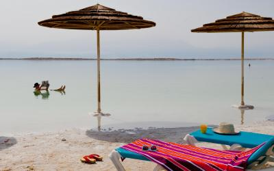 Herods Dead Sea - pláž