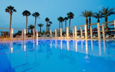 Herods Dead Sea - venkovní bazén