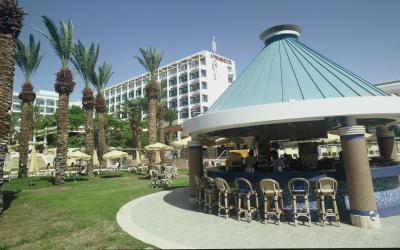 Isrotel Yam Suf - bar u bazénu