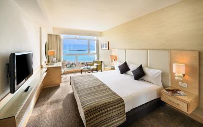 Isrotel Ganim Hotel Dead Sea - Ganim Pool or Sea View Room