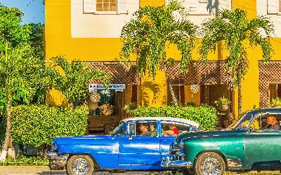 bigstock-Old-American-in-Havana-Cuba-91365512