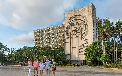 GAVIOTA-TOUR-La-Habana-106