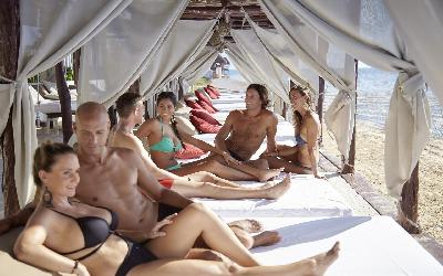 desire-riviera-beach-beds-couples