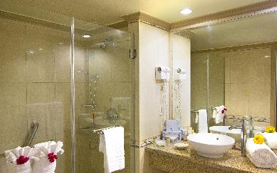 BZB_Accom_Bathroom