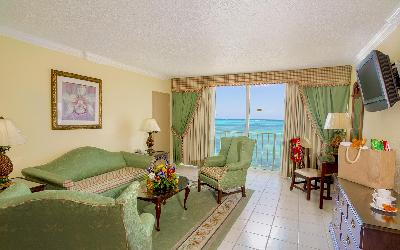 BZB_Accom_OceanView_Suite_LivingRoom