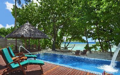 pokoj Deluxe beachfront pool villa 2 | 440 Hilton Labriz