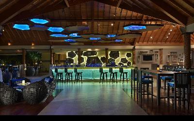 bar Lo Brizan | 440 Hilton Labriz