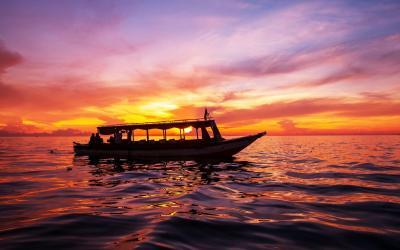 kep sunset boat