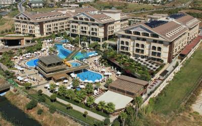 celkový pohled na hotelový areál