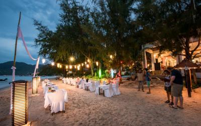 Banner - Restaurant _ Beach Dinner (31)