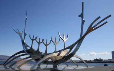 reykjavik-1713636_1920