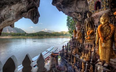 Laos | Pak Ou Caves