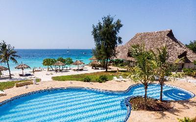 Sandies-Baoba-Beach (5)