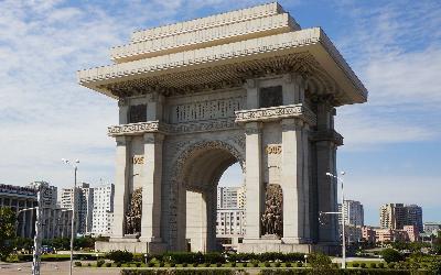 Severná Kórea   Pchjongjang_Arch of Triumph