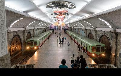 Severná Kórea   Pchjongjang_Metro