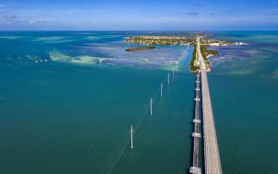 USA | Overseas Highway - příjezd na Key West
