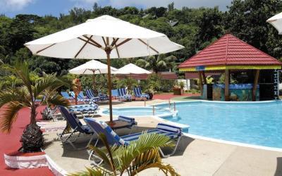 Berjaya-Praslin-Resort-photos-Exterior
