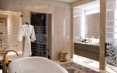 Three Bedroom Royal Suite Bathroom