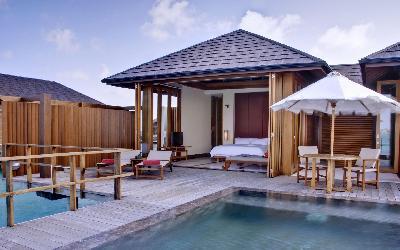 Two Bedroom Ocean Suite With Pool Deck